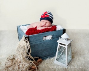 Nautical Themed Baby Shower - Nautical knit hat with red anchor