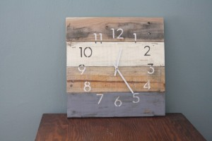 Kristine Kruse a Midwestern Mix - Christmas 2015 Gift Ideas - A Midwestern Girl's Gift Guide -Modern Beach house clock. MODERN Numbers. Rustic Yet Hip.