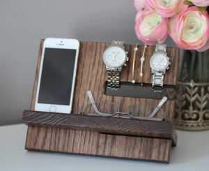 Fathers Day - Oak Wood Valet Charging Stand Nightstand Dock