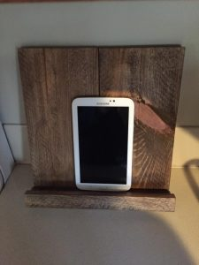 Under 25 Fathers Day - Reclaimed Wooden Tablet or iPhone Stand