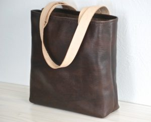 Horween Essex Vegetable-Tanned Leather Tote Bag-Christmas-2015-Gifts-for-Her-Handmade-USA-Made-Gift-Ideas-For-Her